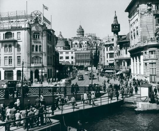 Karaköy / 1954 Milan Pavic fotoğrafı Istambul - Galata saraj