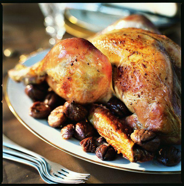 Dinde rôties et sa farce aux marrons, foie gras, boudins et truffe