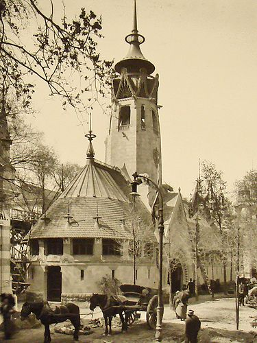 The Finnish pavilion at the 1900 World's Fair in Paris.  It was designed by the great Finnish architect Eliel Saarinen.  The painter Akseli Gallen-Kallela  made the frescoes in the entrance hall (destroyed at the end of exposure and partly repainted in the 1920s in the lobby of the National Museum in Helsinki).  The pavilion, designed in true Finnish art nouveau style, was a plea for Finland then under Russian rule. It raised awareness of the aspirations of the Finnish people to…