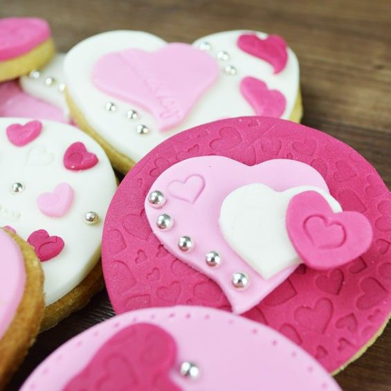 66 best Valentine Treat Ideas images on Pinterest | Valentine ...