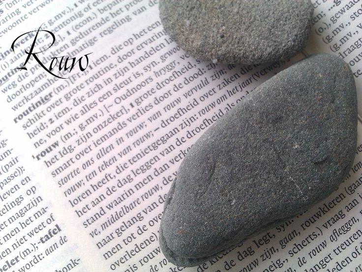 De woordenboekbetekenis van rouw. Maar rouw betekent zoveel meer.