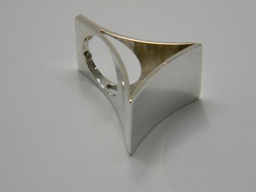 Kaunis Koru Dramatic Triangular Sterling Silver Modernist Ring 1973 #EB118