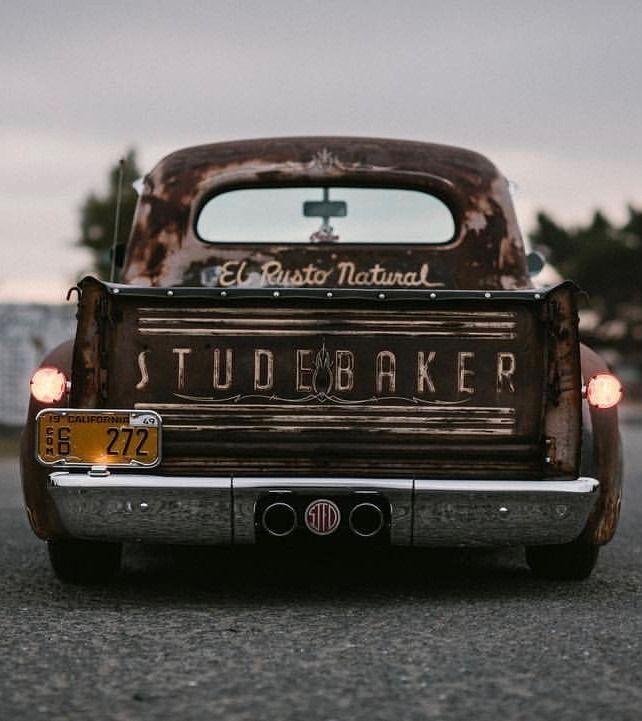 Whiskey Mornings Un Singe En Hiver C Courtney Frisk In 2020 Classic Pickup Trucks Vintage Trucks Studebaker