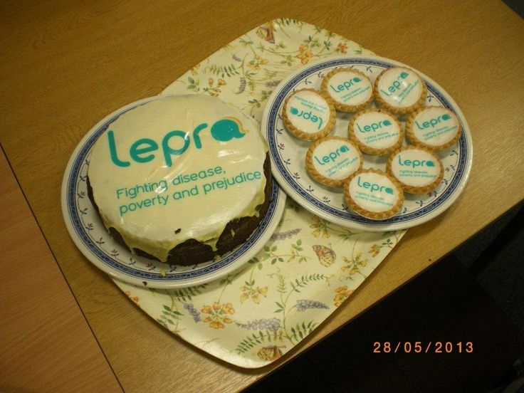 We love our new look so much, its edible! Amazing #cakes!