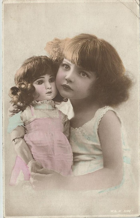 MY DOLLY & ME~doll & girl.