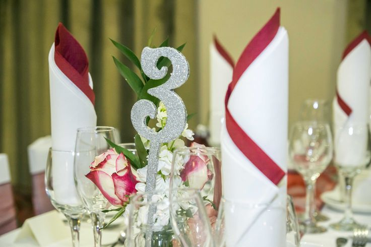 Glittery table numbers, to sparkle up your Special Day.