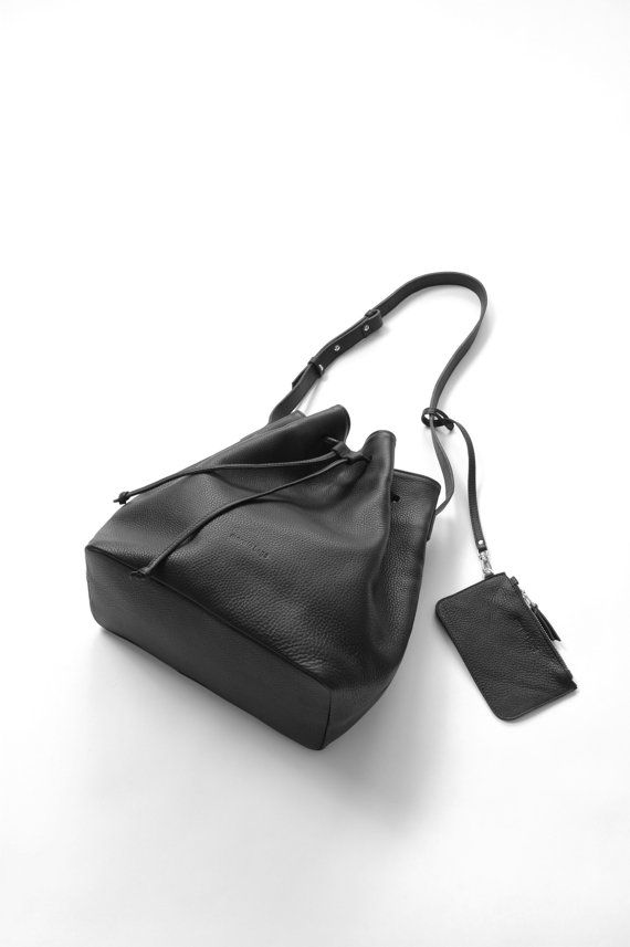"Black Leather Bucket Bag, borsa a tracolla in pelle, Crossbody borsa, ""Secchio di Alexa Bag"" di ghiaia"