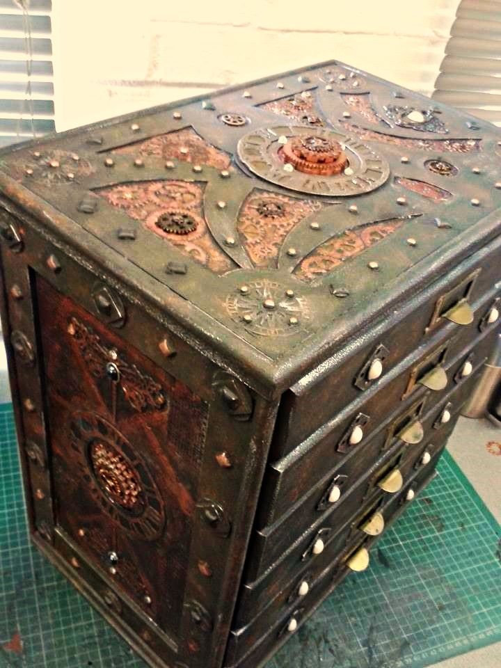 608 best images about all things steampunk on pinterest for Steampunk furniture diy