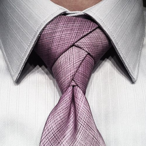 The knot...very neat...I like