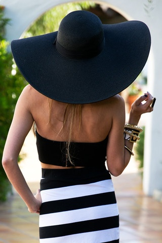 LARGE FLOPPY HAT - Black $55