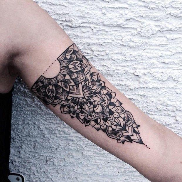 les 25 meilleures id es de la cat gorie tatouage architecture sur pinterest tatouage fibonacci. Black Bedroom Furniture Sets. Home Design Ideas
