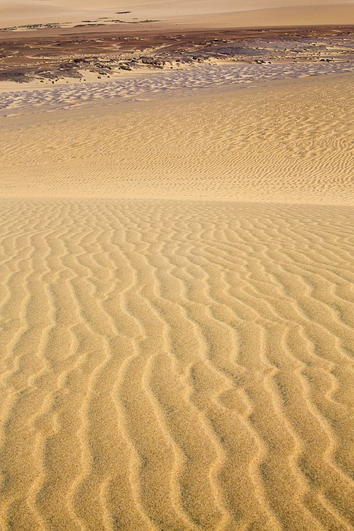 Textures in the Namib