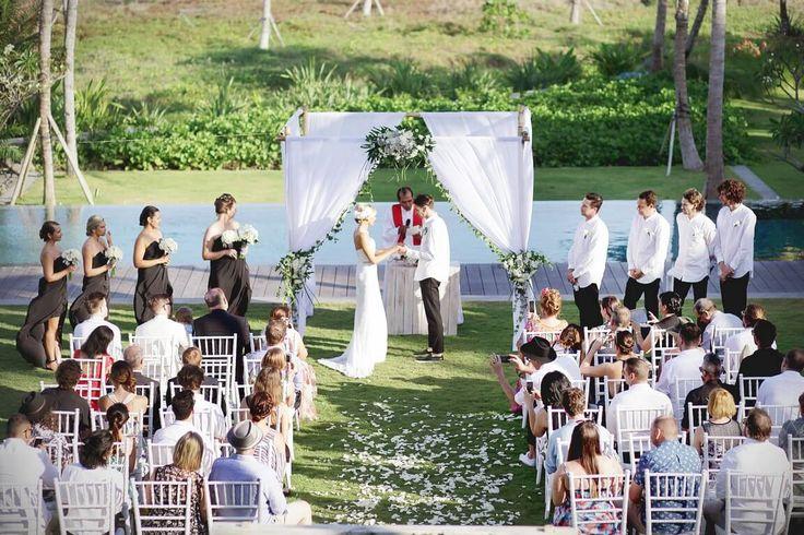 Bali Wedding Planner - BaliVIPWedding- Beach villa wedding