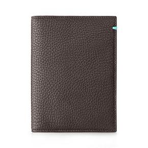 Passport cover in espresso grain leather. Tiffany & Co.