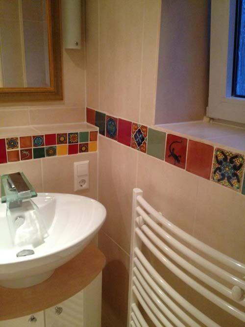 Ba os con azulejos antiguos buscar con google ba os for Azulejos rotos decoracion