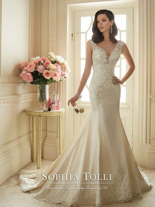 Sofia tolli wedding dress