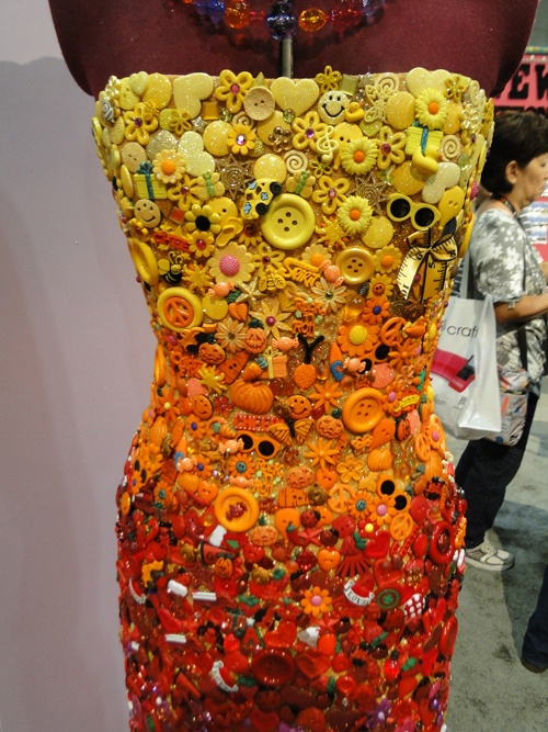 Button beauty! this vaguely reminds of the frozen o.j. can lids, so cleverly made into a dress. Mid-South Fair entry, ca. 60's