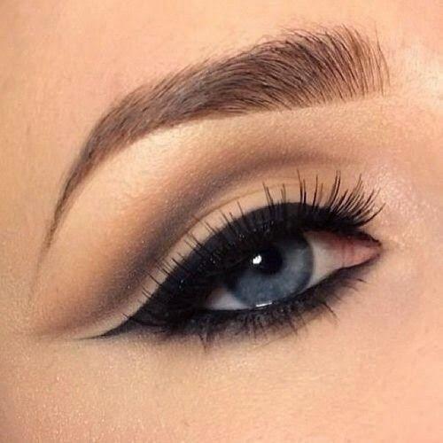 Cómo delinear el ojo de gato fácil y rápido | Cuidar de tu belleza es facilisimo.com