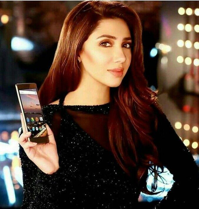 Gorgeous Mahira Khan in Q Mobile
