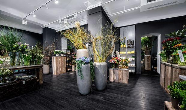 1000 images about design floral on pinterest manzanita floral arrangements and fresh flower. Black Bedroom Furniture Sets. Home Design Ideas