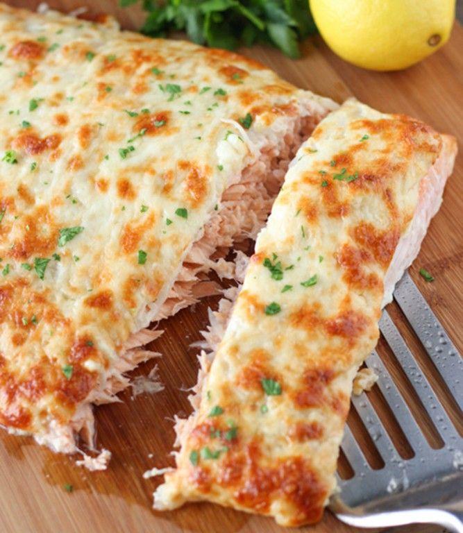 Trochu finančně náročné, ale jednou za čas si třeba dopřát. Luxusní chuť ryby v kombinaci se sýrem a cibulí.