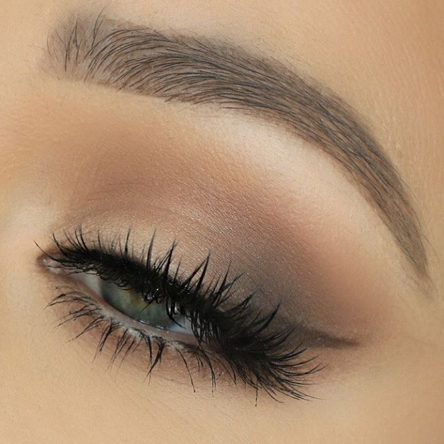 Soft Wing using the Too Faced Natural Matte Eyes Palette.  Lashes from House of Lashes in the style Boudoir :)