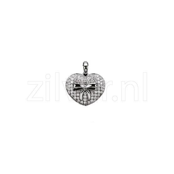 1e Gehalte zilveren hanger in de vorm van een hart met strik volop bezet met zirkonia, Zinzi in geschenkverpakking.  Mooie hanger, het hart is 2,2 cm lang x 2,3 cm.Zih891