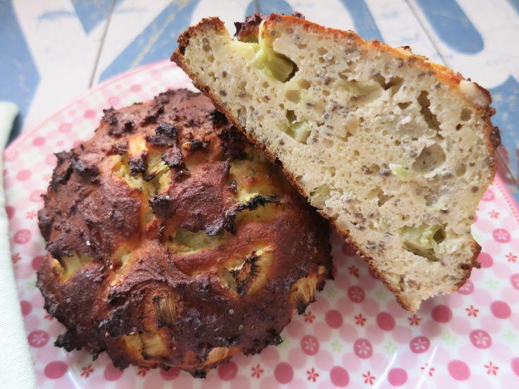 Low Carb Rezepte von Happy Carb: Rhabarber-Frühstücksbrötchen - Morgens unbedingt lecker die Akkus aufladen für einen guten Start in den Tag