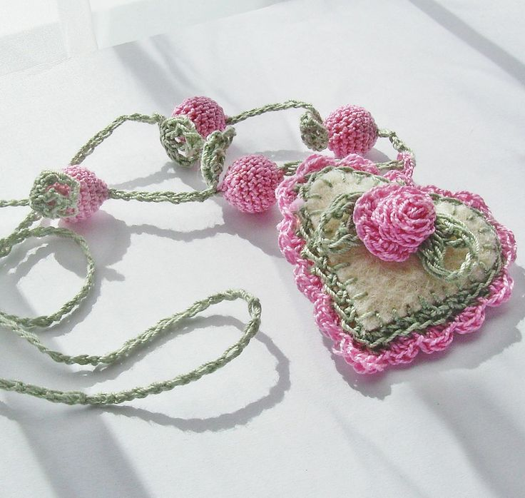 Nádja - crochet necklace
