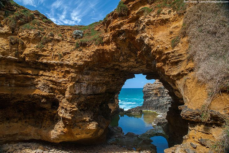 London Bridge, The Arch, The Grotto, Port Campbell National Park, Victoria photos
