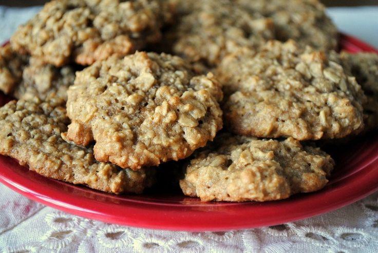 oatmeal banana peanut butter cookies - very good healthy cookie!
