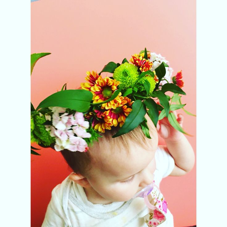 Flower crown power! Camelia, Chrysanthemum's, Sweet William, Jasmine. - Bettie Bee Blooms