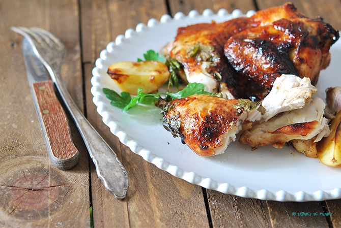 Sabores de colores | Recetas deliciosas con fotos bonitas para cualquier ocasión.: Pollo tomatero asado con salsa de chile dulce