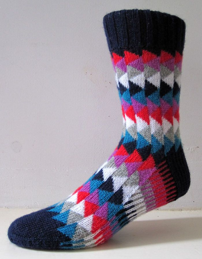 Free Knitting Pattern for Gander Socks - A very simple stranded sock pattern of triangles, ideal to use up leftovers. Designed by General Hogbuffer.