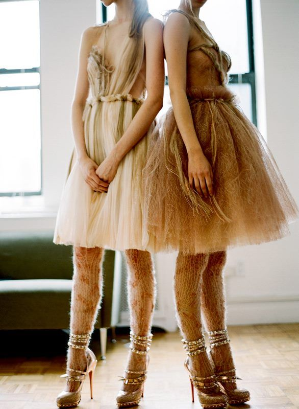 """RODARTE RTW AUTUMN/WINTER 2008 - This  looks cute which is odd because it remind me of dry corn husks. I don't think most people would """"get"""" the leggings and I imagine that from a distance pale legs will look as if they have patches of hair. Still interesting and cool for editorials."""
