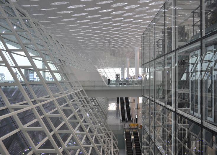 AEROPORTO DE SHENZHEN - CHINA Claraboias hexagonais marcam aeroporto do Studio Fuksas - Arcoweb                                                                                                                                                                                 Mais