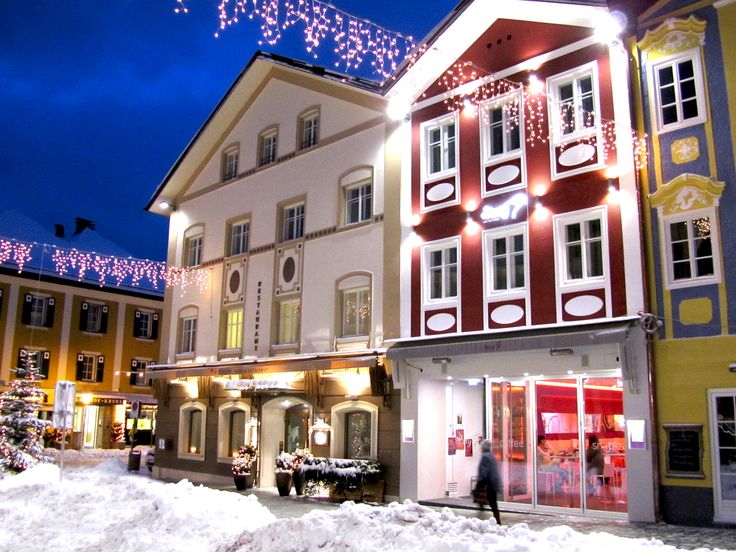 Iris Porsche Hotel & Restaurant | Boutique Hotel | Austria | http://lifestylehotels.net/en/iris-porsche-hotel-restaurant | A wintry outside view of the hotel at night.