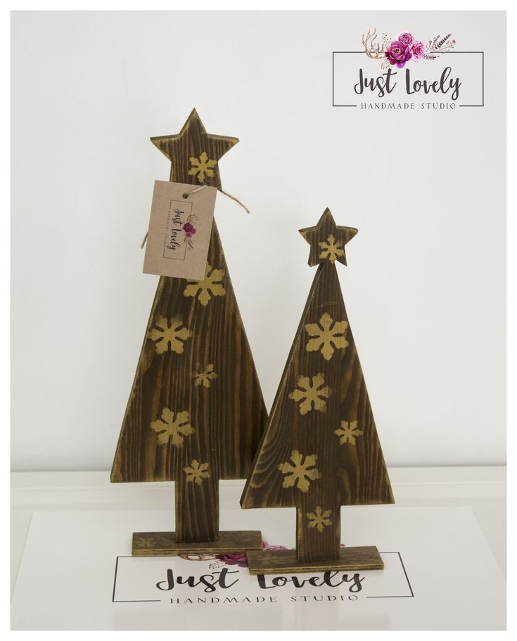 Christmas tree, brown and gold, gold snowflacke #christmas #tree #browngold # snow