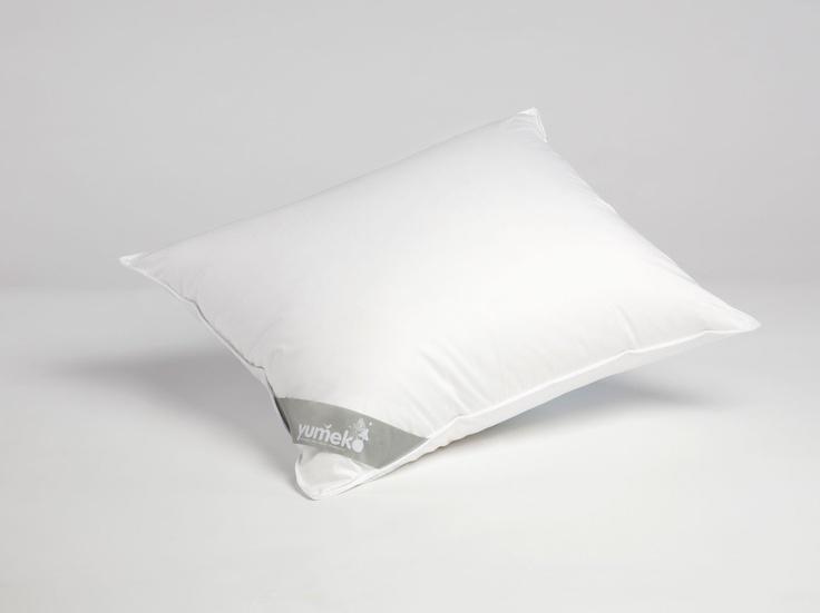 Twee medium donzen kussens van Yumeko - 100% biologisch katoen