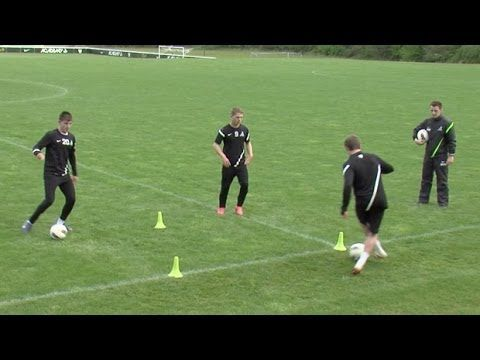 Boost flexibility, agility and ball control with this drill from the Nike Academy SUBSCRIBE: http://fft.sm/6lZeN3 Follow FourFourTwo Performance: Instagram: ...