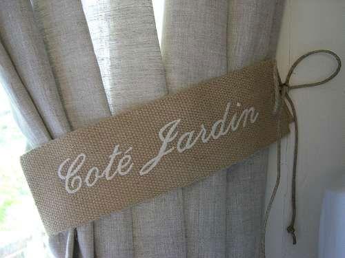 embrasse rideau brod e 39 cot jardin 39 jolies embrasses de rideaux d coration monogramme. Black Bedroom Furniture Sets. Home Design Ideas