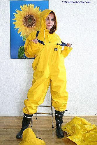 https://flic.kr/p/2qVRJu | Bib5 | Way to dress for a drizzling day