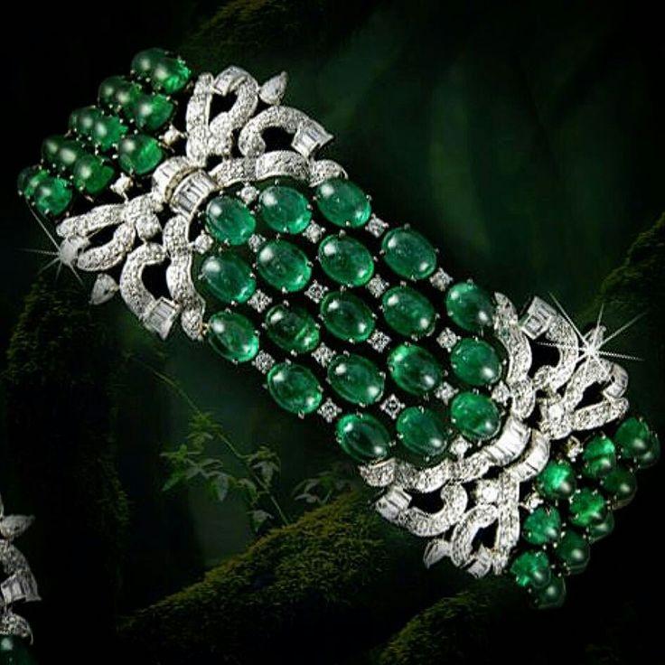 art deco style emerald bracelet