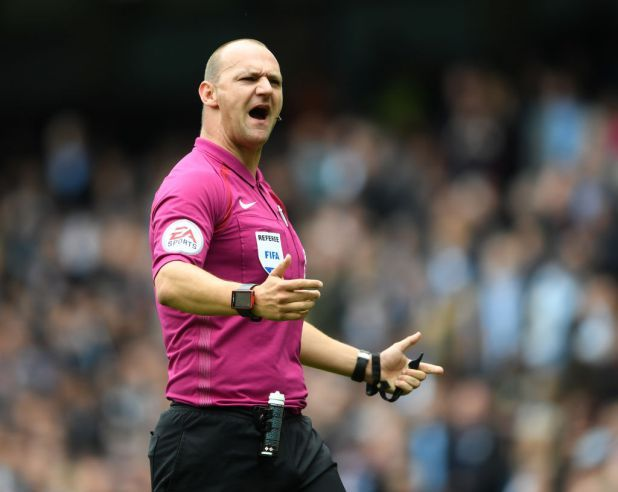 Bournemouth 3  West Ham 3: Ref Bobby Madley body shamed by Mark Halsey          By way of   Benjamin Newman    Created on: December 28 2017 eight:42 am  Remaining Up to date: December 28 2017  eight:42 am   Bournemouth Three  West Ham Three  Its been a few days for the reason that event on the Power Stadium on Boxing Day.  Then again the efficiency of refereeBobby Madley all the way throughBournemouth Three  West Ham Three remains to be positioned beneath the…