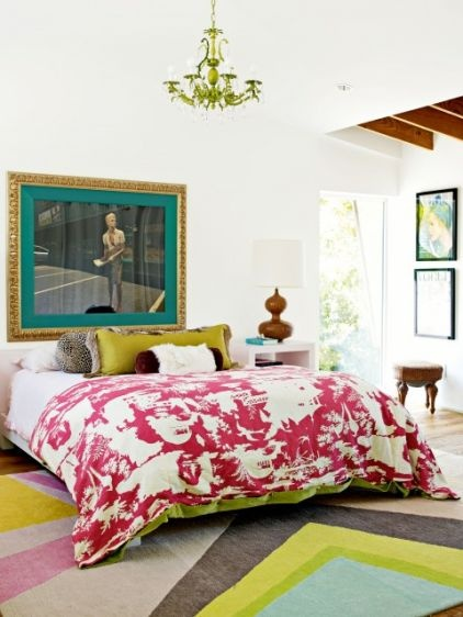 eclectic bedroom Decorate by Holly Becker and Joanna Copestick: Idea, Pattern, Bedrooms Design, Duvet, Rugs, Eclectic Bedrooms, Design Home, Bold Colors, White Wall