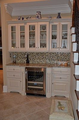https://i.pinimg.com/736x/ae/c1/59/aec15963a9dbb9c0391eafaaf98e2a5e--home-wine-bar-basement-remodeling.jpg