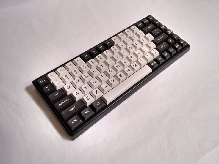 Dolched Out - Keycool 84 w/ Cherry MX Blacks, Dolch modifiers and Decked Out alphanumerics