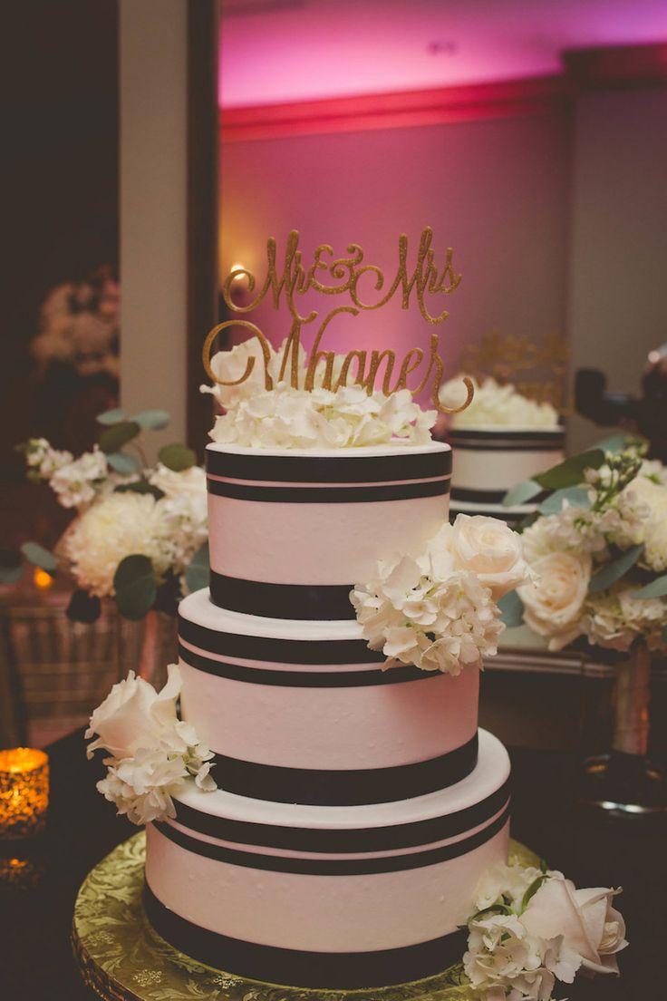 Best Black Round Wedding Cakes Ideas On Pinterest Blue Round