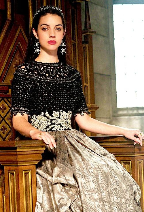 Series Style : Queen Mary  Reign