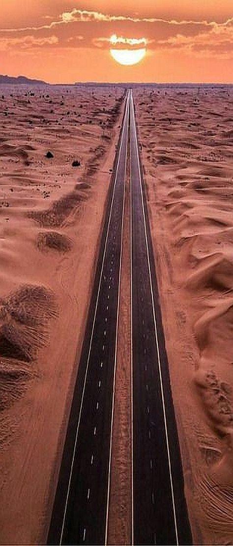 SUNSET - ABU DHABI ( Vereinigten Arabischen Emirate )